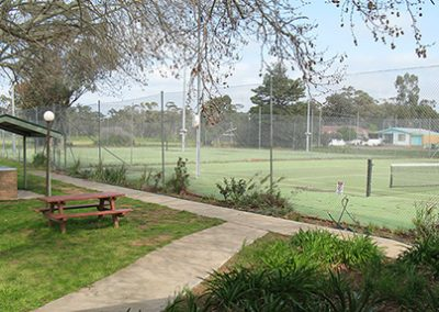 darlington point club tennis court and bbq area